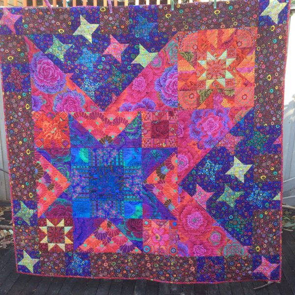 Large square quilt of stars